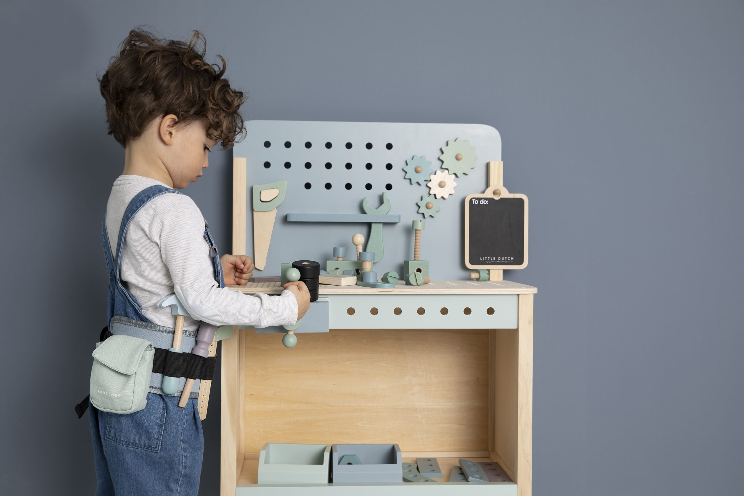4448-wooden-play-workbench-14